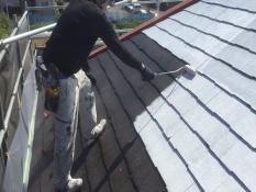 横浜市鶴見区W様邸屋根塗装下塗り2回目