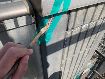 横浜市栄区C様邸外壁クラック補修 プライマー