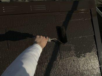 屋根塗り替え 遮熱塗装 上塗り2回目