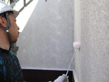 横浜市鶴見区W様邸外壁塗装下塗り