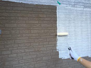 横浜市港南区K様邸外壁下塗り