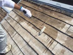 横浜市栄区A様邸屋根塗装下塗り1回目