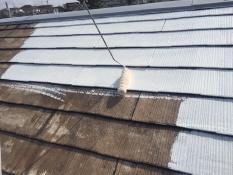 横浜市栄区A様邸屋根塗装下塗り2回目