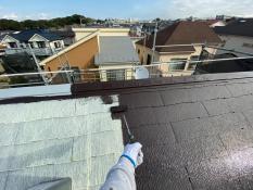 横浜市栄区K様邸屋根上塗り1回目