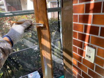 横浜市栄区Y様邸玄関飾り柱クリアー1回目