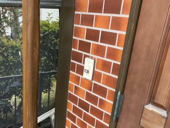 横浜市栄区Y様邸玄関飾り柱塗装後