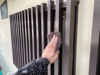 横浜市栄区Y様邸面格子ケレン