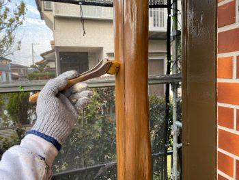 横浜市栄区Y様邸玄関飾り柱クリアー2回目