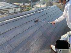 横浜市栄区K様邸屋根上塗り2回目
