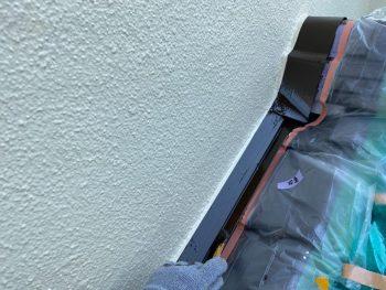 横浜市栄区Y様邸下屋根壁際板金上塗り2回目