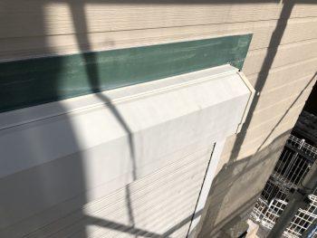 横浜市栄区F様邸シャッターボックス塗装前