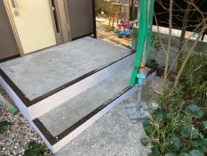 横浜市栄区S様邸階段塗装