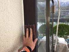 横浜市港南区N様邸木枠塗装ケレン