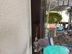 横浜市港南区N様邸木枠上塗り1回目