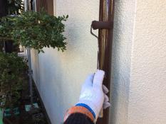 横浜市港南区N様邸竪樋塗装上塗り2回目