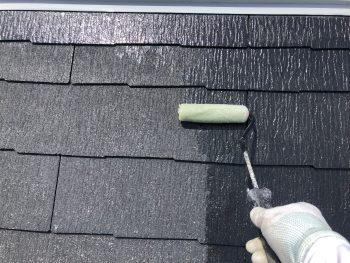 横浜市西区K様邸屋根 下塗り塗装1回目