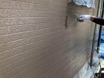 横浜市南区Y様邸外壁塗装上塗り2回目