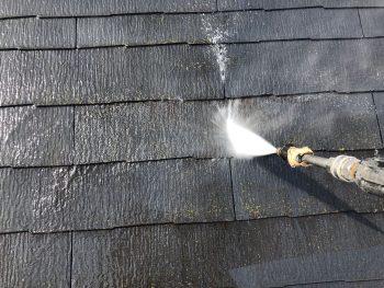 横浜市西区K様邸屋根高圧洗浄