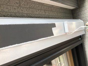 横浜市南区Y様邸シャッターボックス錆止め塗装