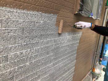 横浜市南区Y様邸外壁塗装上塗り1回目
