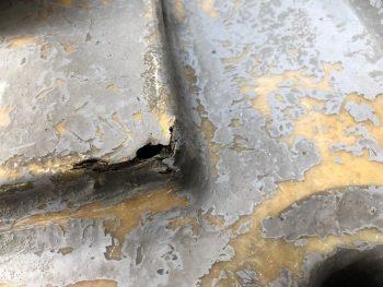 横浜市南区Y様邸FRP防水保護塗装前不良箇所