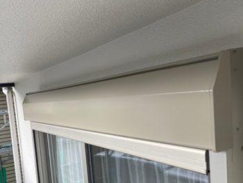 横浜市港南区T様邸シャッターボックス塗り替え完了画像
