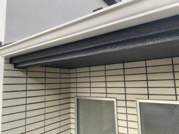 横浜市港南区T様邸雨樋塗装施工後