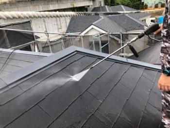 横浜市磯子区Y様邸外壁塗装前高圧洗浄作業