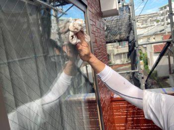 横浜市磯子区Y様邸外壁塗装後清掃作業