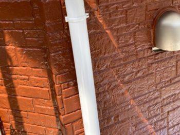 横浜市磯子区Y様邸雨樋塗装工事施工後