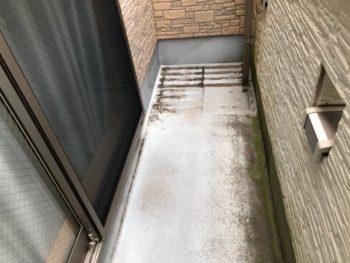 横浜市磯子区Y様邸ベランダ防水保護塗装前画像