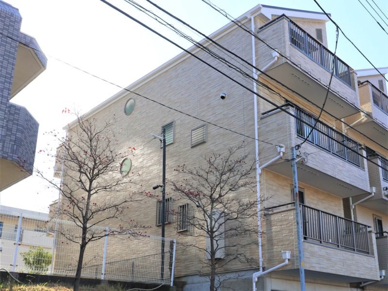 横浜市港南区N様邸外壁塗装後画像