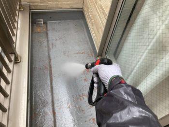 横浜市港南区N様邸外壁塗装前高圧洗浄作業