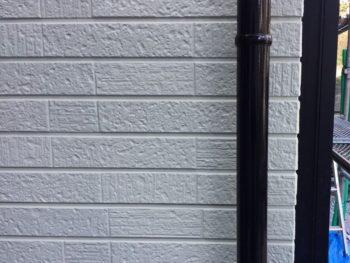 横浜市金沢区S様邸雨樋塗装施工後画像
