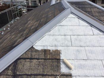 横浜市金沢区S様邸屋根塗装下塗り2回目画像