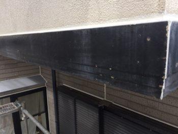 横浜市金沢区S様邸幕板塗装施工前画像