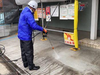 横浜市神奈川区S様邸外壁塗装前高圧洗浄作業