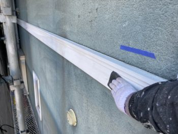 横浜市神奈川区S様邸付帯部塗り替え前ケレン作業