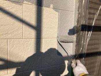 横浜市栄区E様邸パーフェクトトップ外壁塗装施工中