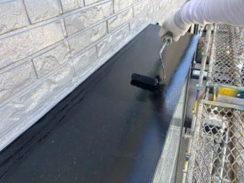 横浜市栄区T様邸出窓天端塗装施工事例画像
