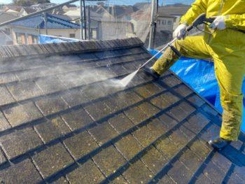 横浜市栄区T様邸屋根塗装前高圧洗浄画像