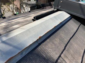 横浜市栄区T様邸サーモアイ4F屋根棟板金塗装塗り替え工事前