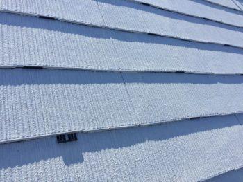 横浜市栄区O様邸屋根塗り替えタスペーサー挿入作業
