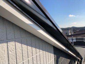 横浜市栄区W様邸付帯部塗り替え完了画像