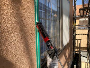 横浜市港南区O様邸パーフェクトセラミックトップG外壁塗装前下地処理作業