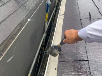 横浜市旭区K様邸屋根塗装後清掃作業