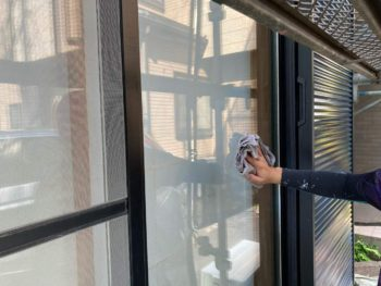 横浜市保土ヶ谷区H様邸パーフェクトセラミックトップG外壁塗装施工後清掃作業