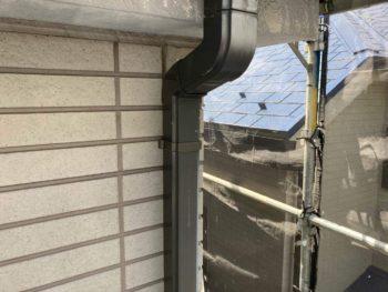 横浜市保土ヶ谷区H様邸雨樋塗り替え前